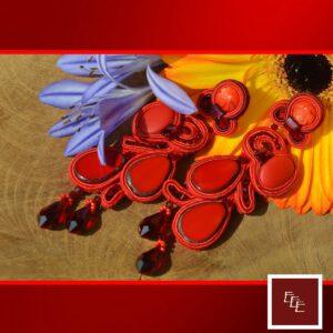 Handgemaakte oorbellen: Rood ….ja dat is toch echt mijn favoriete kleur !